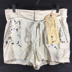 Da Nang Detailed Cargo Shorts in Silk/Cotton